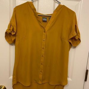 Gold short sleeve blouse